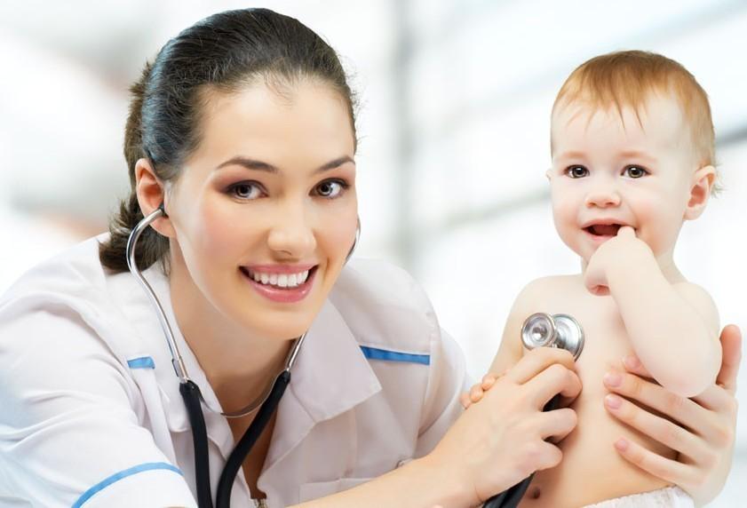 Нужно ли лечить гипертонус у младенца