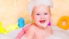 Появление белых корочек на голове у младенца
