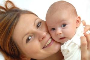 Эффективное лечение закисания глаз новорожденного