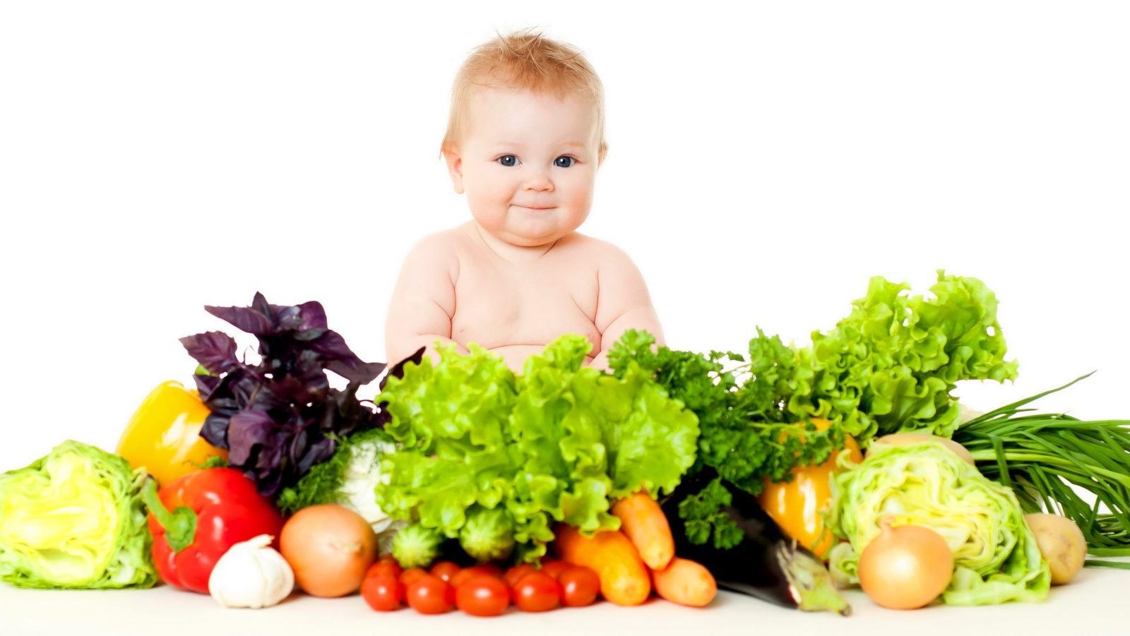 Какие продукты должна употреблять мама на грудном вскармливании для обеспечения реюенка витаминами