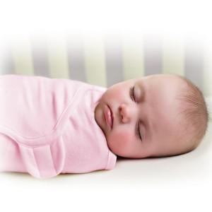 Тугое пеленание, как способ успокоить истерику младенца