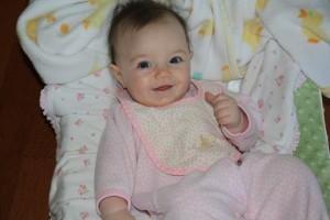 Что умеет младенец в 2 месяца