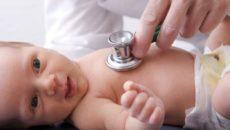 Одышка у новорожденного должна быть диагностирована педиатром