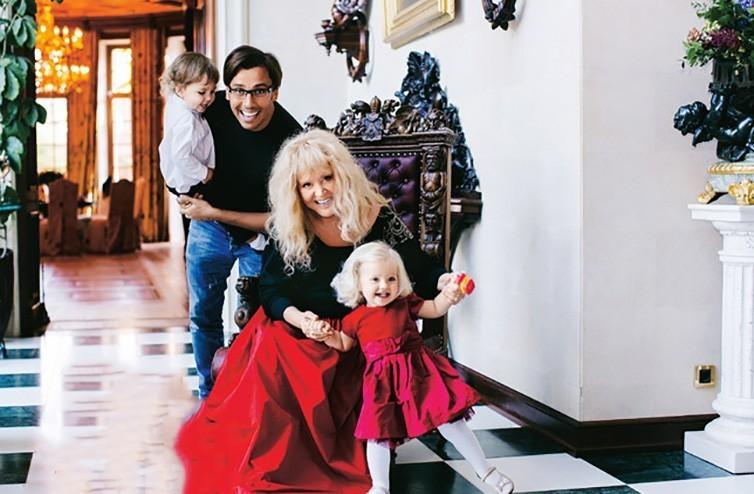 Семейная фотосессия: дети Аллы Пугачевой и Максима Галкина последние снимки