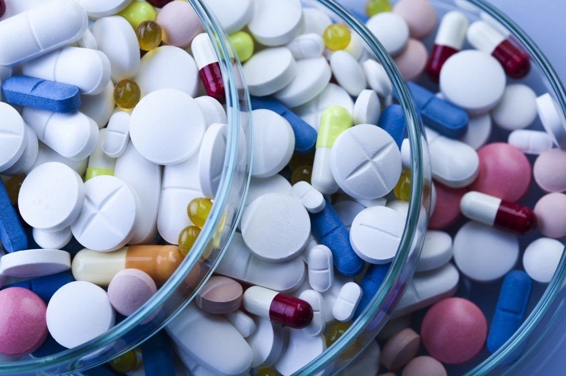 Антибиотики назначают, когда мастит переходит в инфицированную форму