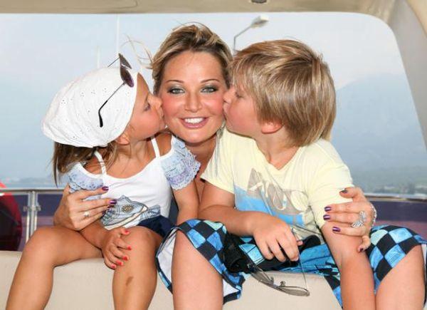Мария Максакова действительно любит своих детей