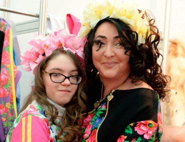 Лолита Милявская с дочерью