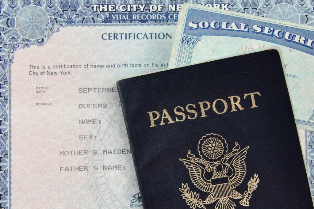 Родившимся в США предоставляется гражданство